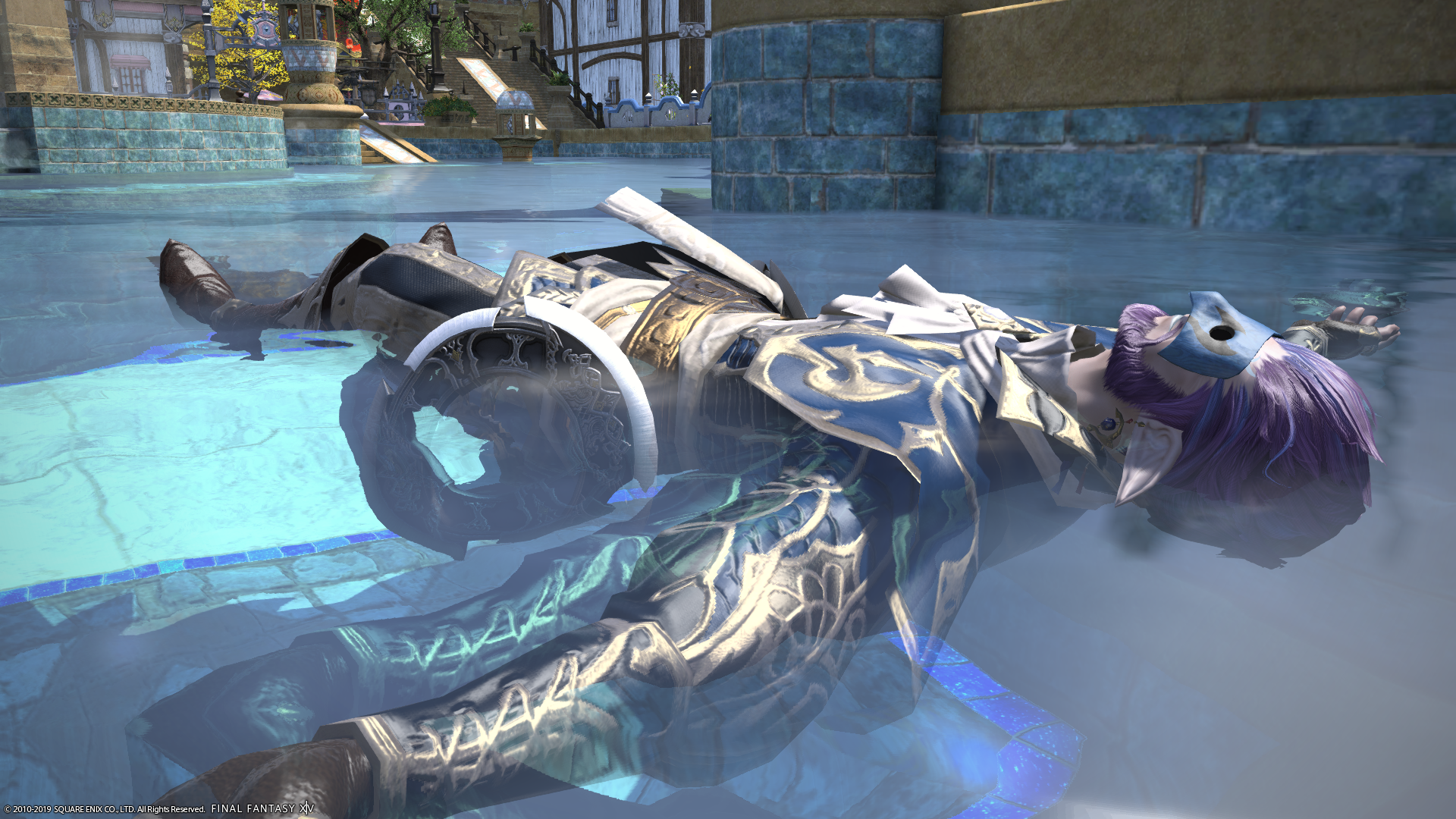 Rohiaux in dancer glamour, floating in the pool in the Goblet